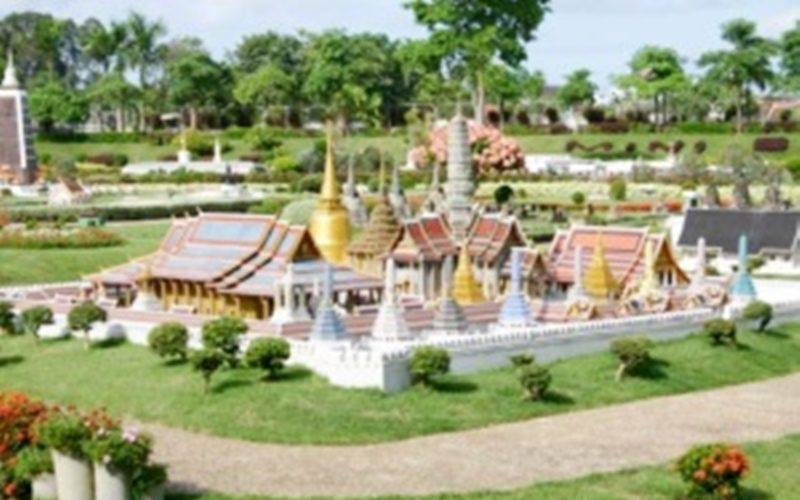 Sikhara Plago Resort :Mini Siam